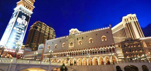 【澳門威尼斯人渡假村】威尼斯運河整個搬進室內的商店街+華麗夜景外觀篇~超美必拍! @Via's旅行札記-旅遊美食部落格