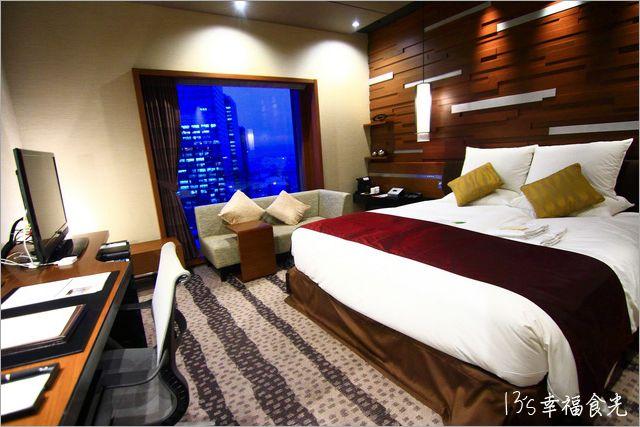 【大阪住宿推薦】飯店就在大阪車站內「大阪格蘭比亞飯店」HOTEL GRANVIA OSAKA~交通便利、超近大丸梅田店《13遊記》 @Via's旅行札記-旅遊美食部落格