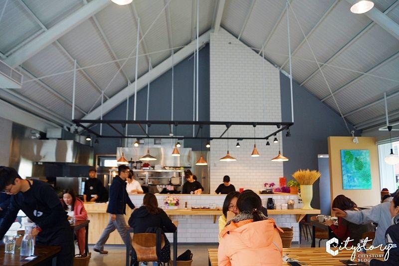 【南投草屯早午餐】武食早午餐-白色鐵皮屋,用美味喚起你的味蕾與回憶 @Via's旅行札記-旅遊美食部落格