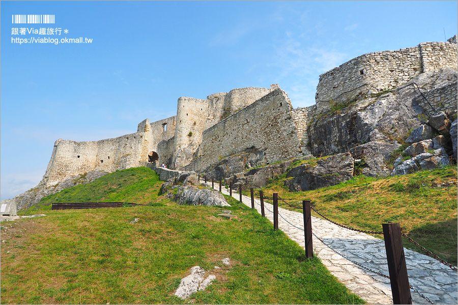 【斯洛伐克旅遊】世界文化遺產景點 中歐最大城堡遺跡好美~Spis Castle斯皮什城堡+Spissky salas餐廳 @Via's旅行札記-旅遊美食部落格