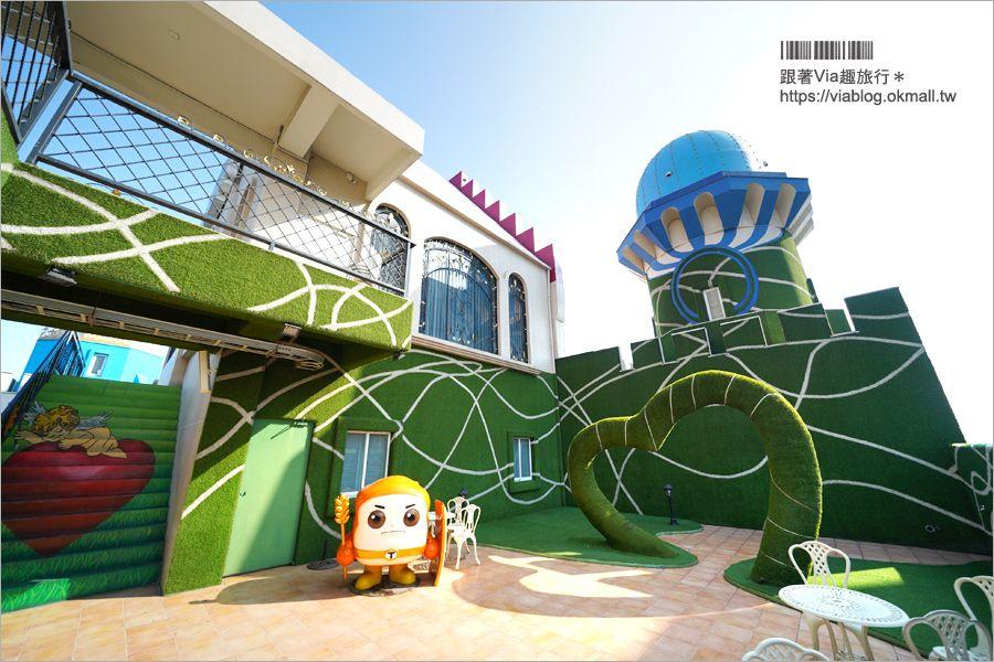 【高雄景點】維格餅家‧黃金菠蘿城堡~觀光工廠旅行趣!頂樓天台IG打卡熱點! @Via's旅行札記-旅遊美食部落格